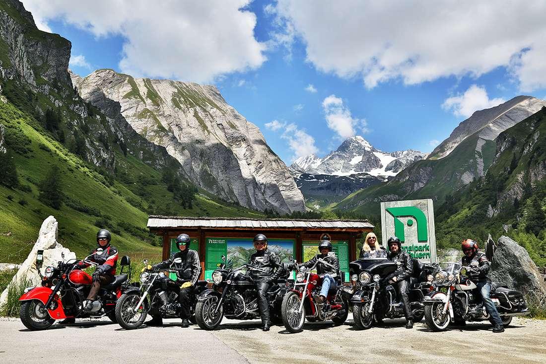 ferienwohnungen-hauser.at.sommer-Motorradfahrer